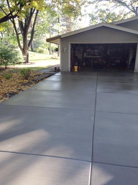concrete driveway minneapolis